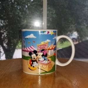 Mickey Mouse Club House Kissing Booth coffee mug